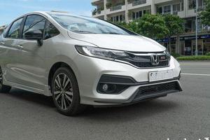 So sánh nhanh Honda Jazz 2019 và Mazda 2 2019